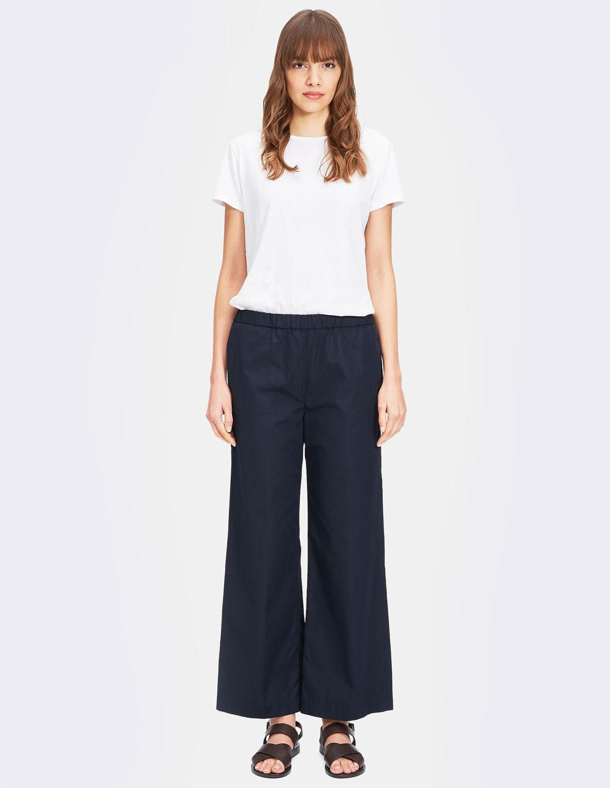 Aspesi Women Trousers H128